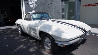 Photo Corvette C2 convertible 1964